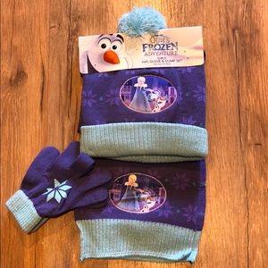 Disney Frozen Winter Hat Scarf & Glove Set NWT